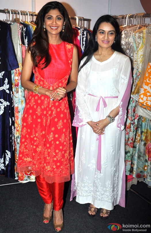 Shilpa Shetty and Padmini Kolhapure during the Inauguration of IMC Ladies Wing Exhibition