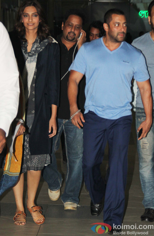 Sonam Kapoor and Salman Khan spotted at airport