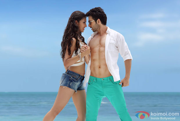 Navneet Kaur Dhillon and Girish Kumar in LoveShhuda Movie Stills Pic 1