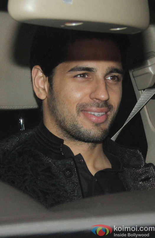Sidharth Malhotra attend Akshay Kumar's Diwali party