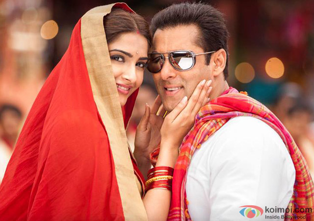 Sonam Kapoor and Salman Khan in a still from movie 'Prem Ratan Dhan Payo'