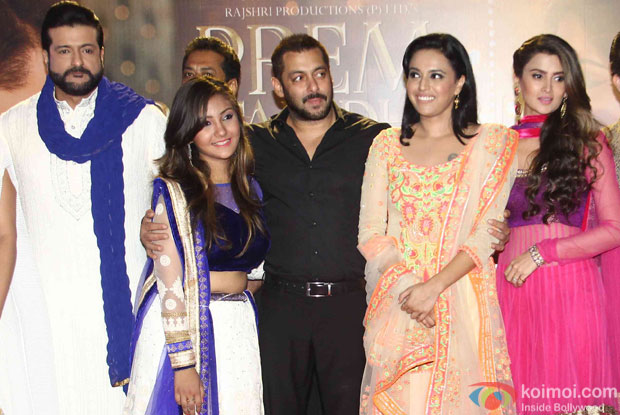 Armaan Kohli, Salman khan, Sonam Kapoor and Swara Bhaskar during the promotion of film Prem Ratan Dhan Payo
