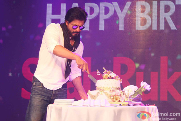 In Pictures Shah Rukh Khans 50th Birthday Bash Koimoi