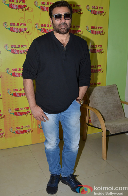 Sunny Deol promotes Ghayal Once Again at Radio Mirchi