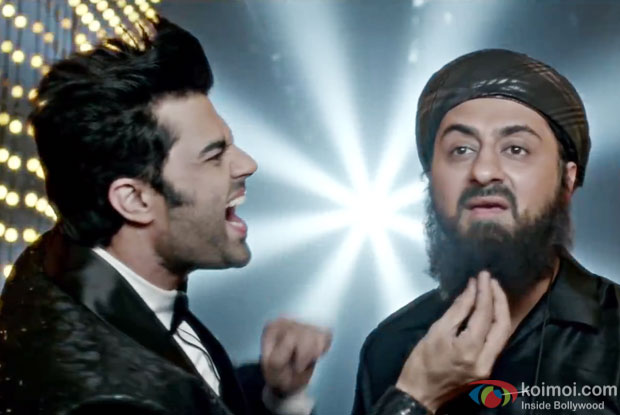 Manish Paul and Pradhuman Singh in a 'Itemwaale' song still from Tere Bin Laden : Dead Or Alive
