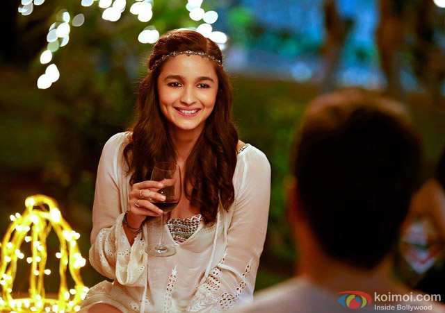 Alia Bhatt in 'Kapoor And Sons' Movie Stills