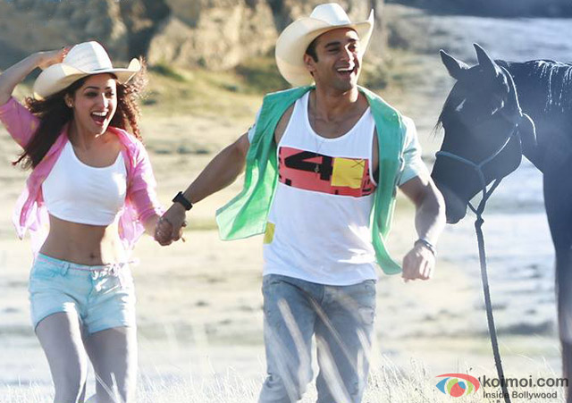 Yami Gautam and Pulkit Samrat in a still from movie 'Sanam Re'