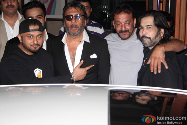 Honey Singh and Jakie Shroff meet Sanjay Dutt at his residence