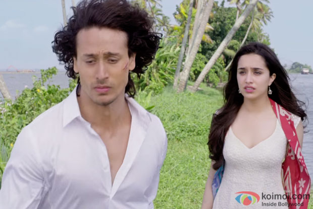 http://static.koimoi.com/wp-content/new-galleries/2016/03/witness-the-romantic-shades-of-sab-tera-from-baaghi-8.jpg