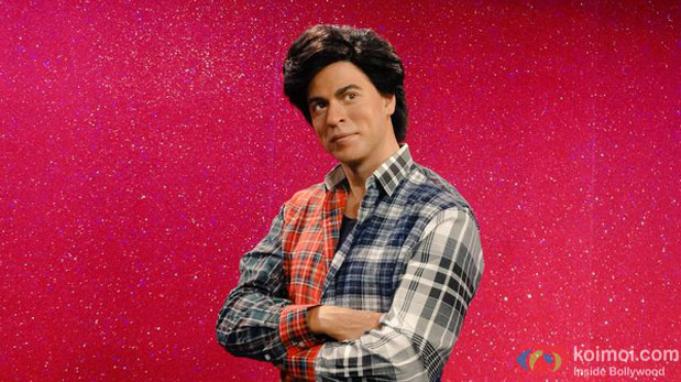 SRK's Biggest Fan Reaches Madame Tussauds
