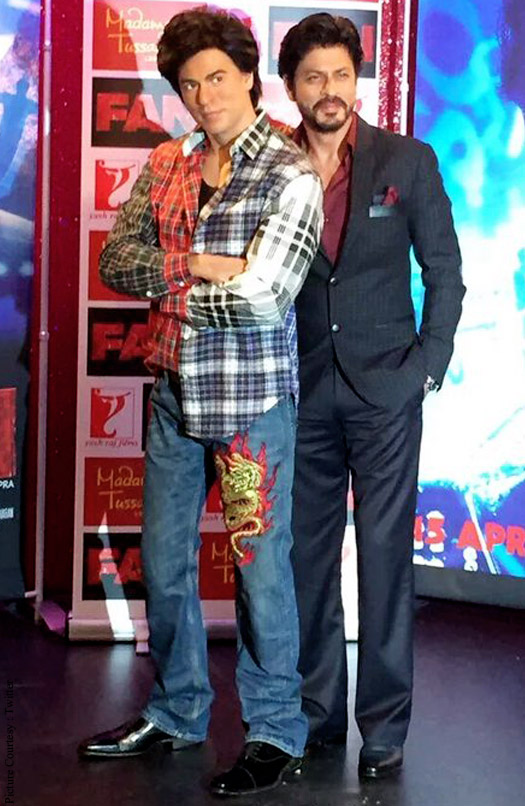 SRK with his fan Gaurav's statue at Madame Tussauds
