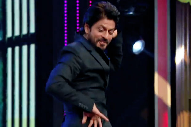 SRK Showing His Dance Moves On A Popular Marathi Song Shantabai