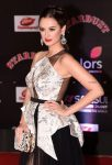 Evelyn-Sharma-10