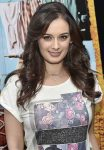 Evelyn-Sharma-2