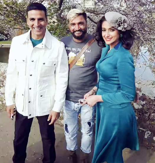 Here's Akshay-Ileana's Pic From The Sets Of Rustom In London