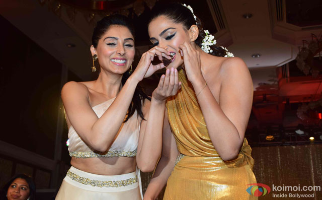 Sonam Kapoor celebrates her birthday during the Pernia Qureshi's fashion show