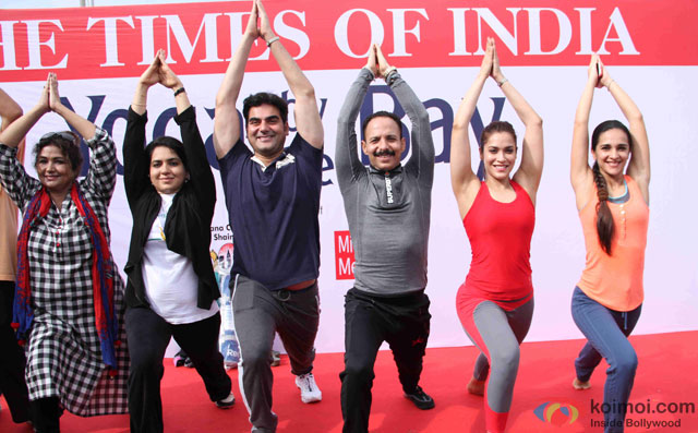 Shaina NC, Arbaaz Khan, Mickey Mehta, Rashmi Nigam and Tara Sharma during the International Yoga day