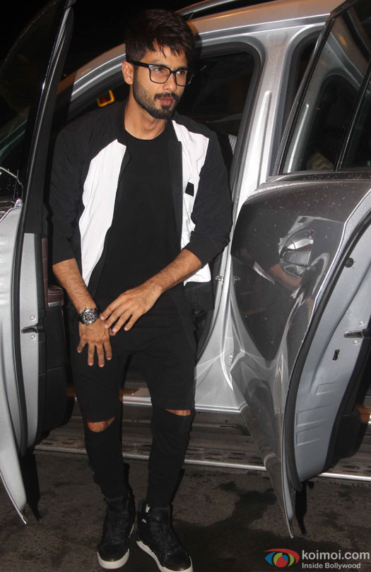 Shahid Kapoor at airport leave for IIFA 2016
