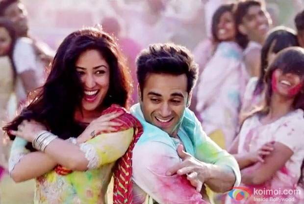 Yami Gautam and Pulkit Samrat in a Pagalon Sa Naach song still fom ...