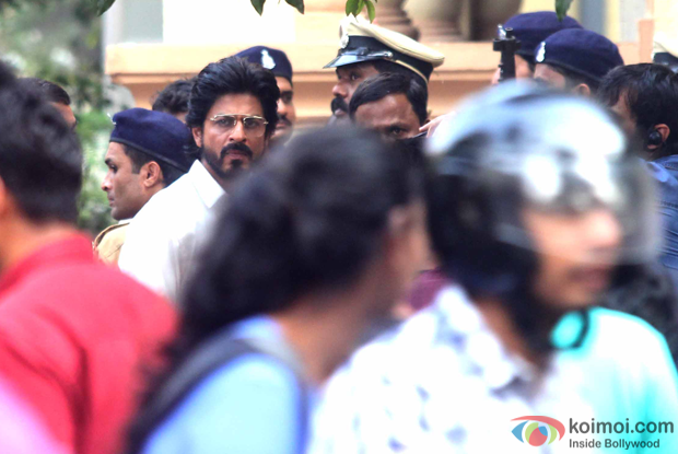 Shah Rukh Khan on the sets of Raees