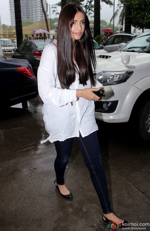 Sonam Kapoor at Prayer Meet for filmmaker Rajjat Barjatya