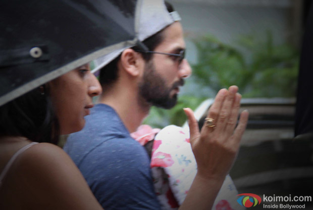 Excellent Photos Shahid Kapoor Shields His Baby Girl From The Paparazzi Short Hairstyles For Black Women Fulllsitofus