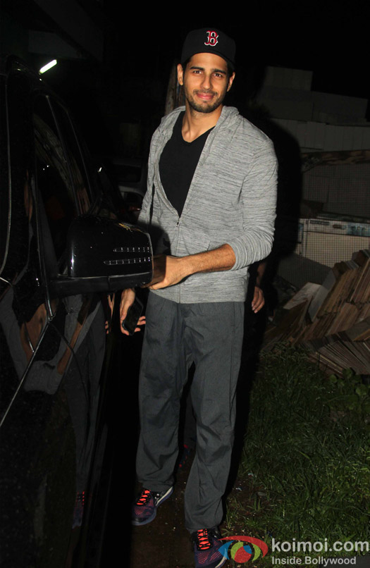 Sidharth Malhotra snapped At post 'Dream Team Concert' dance practice