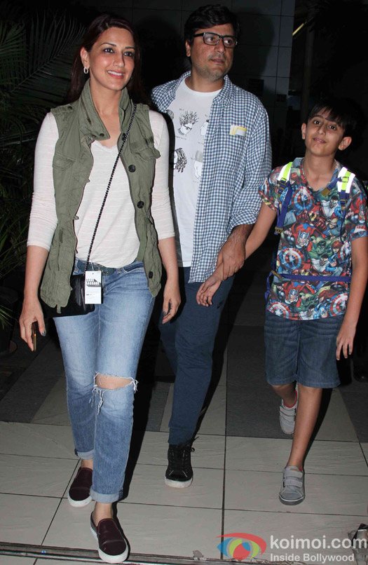 Sonali bendre, Goldie Behl and Ranveer Behl Spotted at Airport