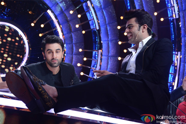 Ranbir Kapoor and Manish paul on the sets of Jhalak Dikhhla Jaa