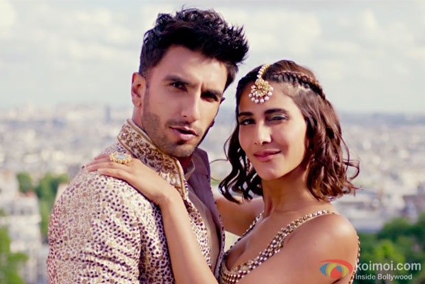 Khul Dulke | Ranveer-Vaani Dance The Punjabi Way In This Befikre Song