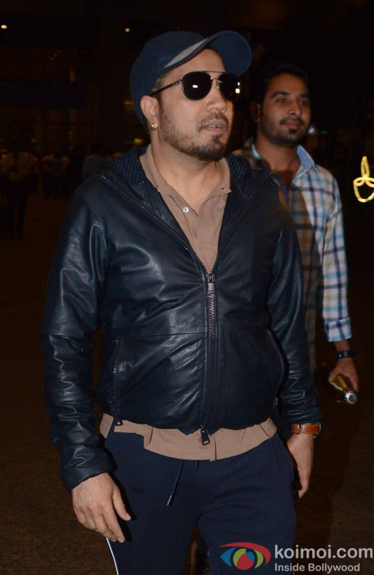 Mika Singh spotted at Airport