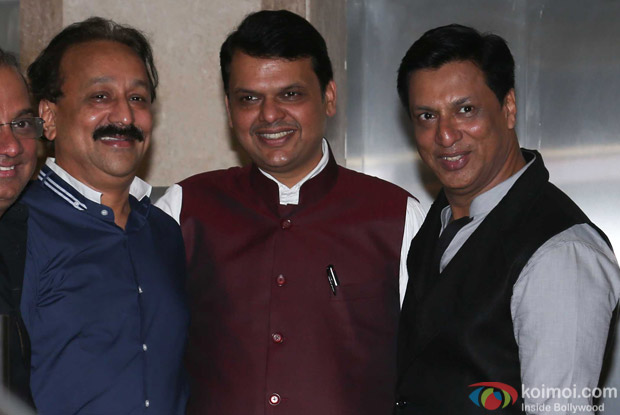 Baba Siddique & Devendra Fadnavis attends Madhur Bhandarkar's house warming party