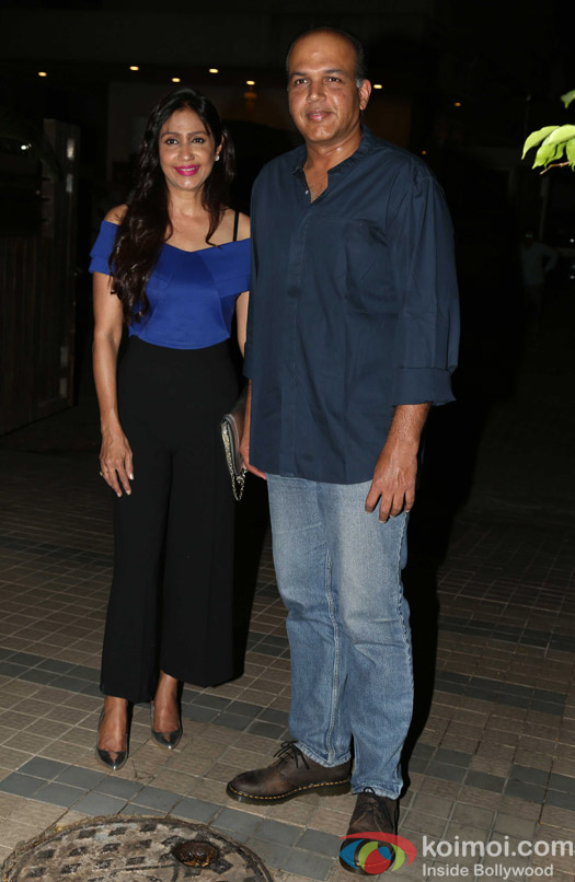 Ashutosh Gowariker along with Sunita Gowariker attends Madhur Bhandarkar's house warming party
