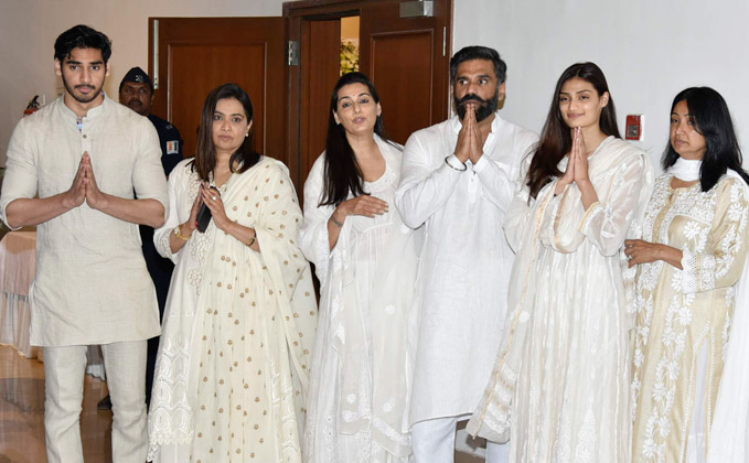 Bollywood Celeb's At Prayer Meeting Of Suniel Shetty's Father Veerapa Shetty