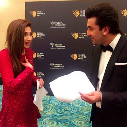 Mahira Khan & Ranbir Kapoor's Meet & Greet Goes Viral! Watch Videos