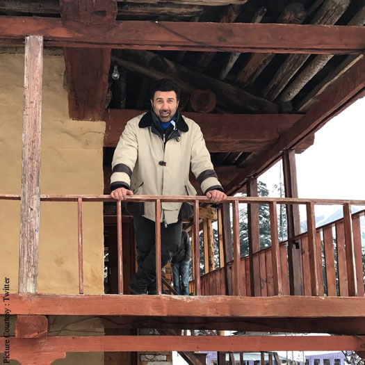 Sunny Deol Shoots For His Son's Debut Pal Pal Dil Ke Pass In Manali