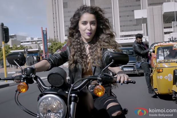 Mere Dil Mein Song | Catch Shraddha Kapoor & Arjun Kapoor In Half Girlfriend's Latest Song!