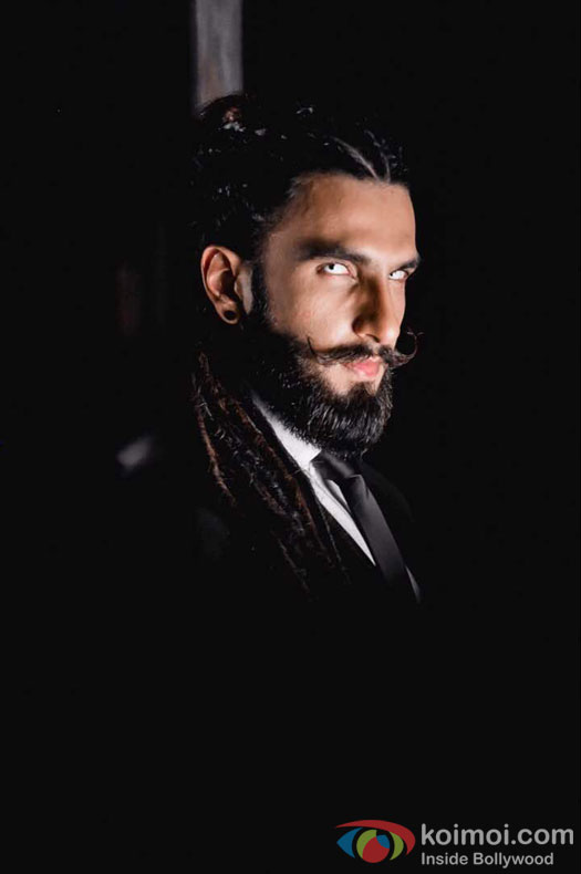 Ranveer Singh urges youth to rebel via music