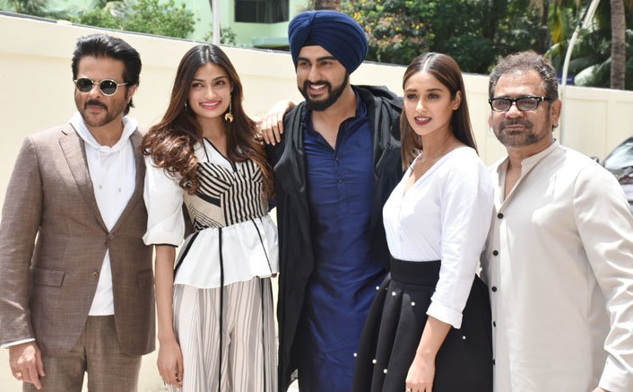 Mubarakan family unveils the trailer of laughter riot 'Mubarakan' with great pomp and glory!