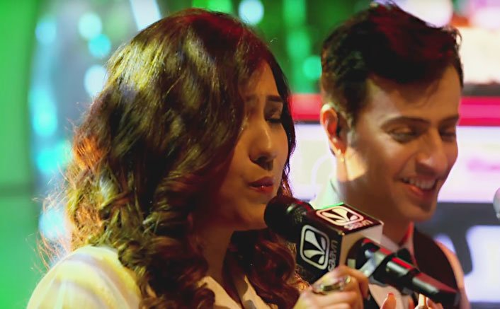 "Neeti Mohan's version of 'Dua' & ""Saware' with Salim Merchant is taking the internet by storm"