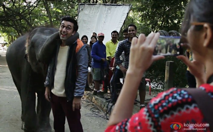 Who Poses Better| The Elephant Or Ranbir Kapoor in This new Jagga Jasoos Making Of Video