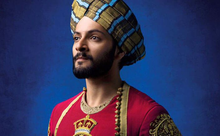 Ali Fazal Starrer film Victoria and Abdul First Look Out!