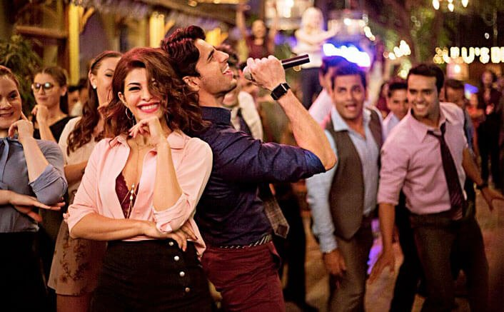 We Bet You Can't Take Off Your Eyes Off Jacqueline in 'Chandralekha' From A Gentleman