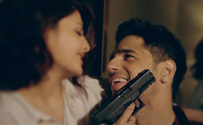 Watch the making of the Hottest action song 'Bandook Meri Laila'!