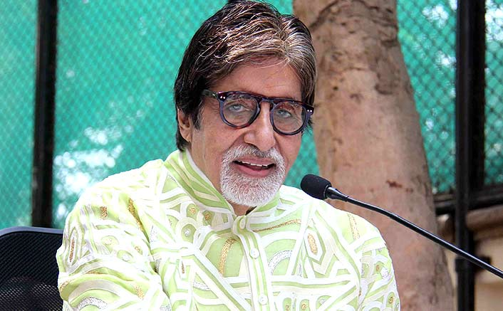 Amitabh Bachchan Gets a Notice From BMC For Illeagal Construction