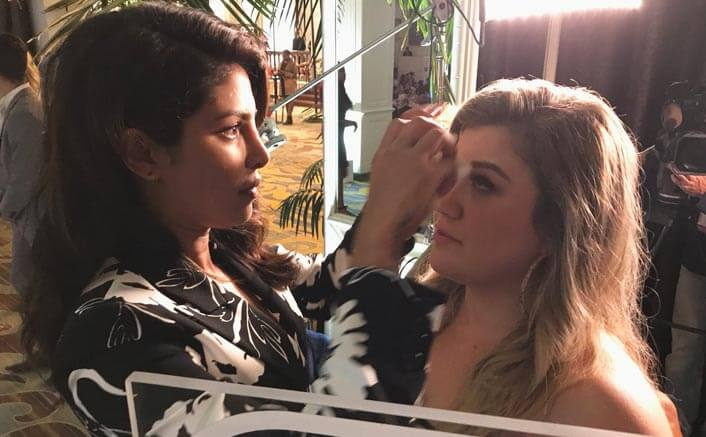 Kelly Clarkson loves Priyanka