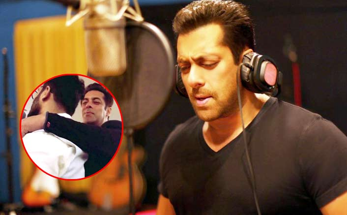 No More Monday Blues! Salman Khan Croons Jab Koi Baat Bigad Jaaye At His Parents' Anniversary