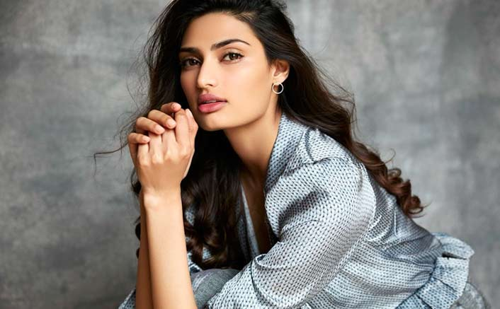 Athiya Shetty unites with father, Suneil Shetty for a special video!