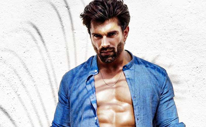 Karan Singh Grover to endorse a health café?