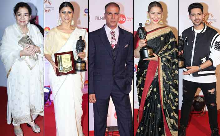 Dadasaheb Phalke Film Foundation Awards 2018: Farida Jalal, Akshay Kumar & Manisha Koirala Shine Bright!